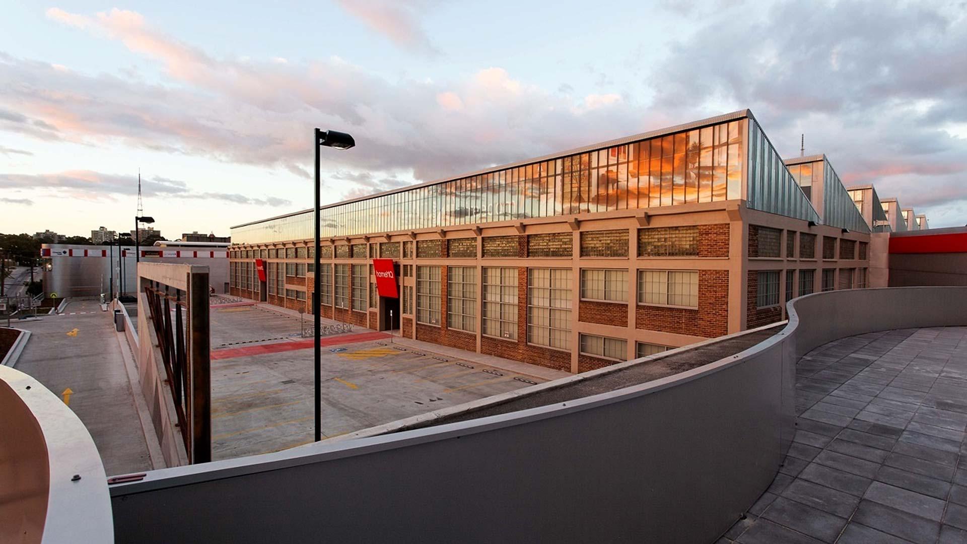 DEC Communications – Home HQ North Shore Launch - vanilla sky